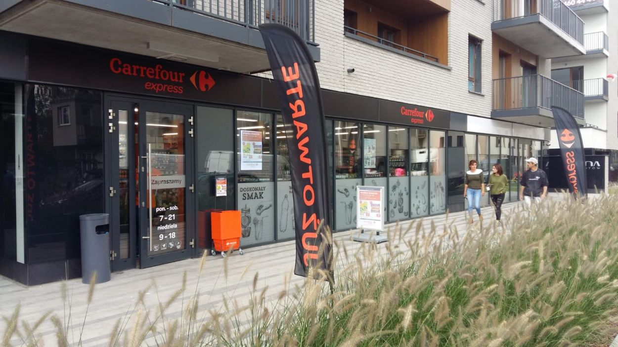 carrefour express convenience franczyza 1